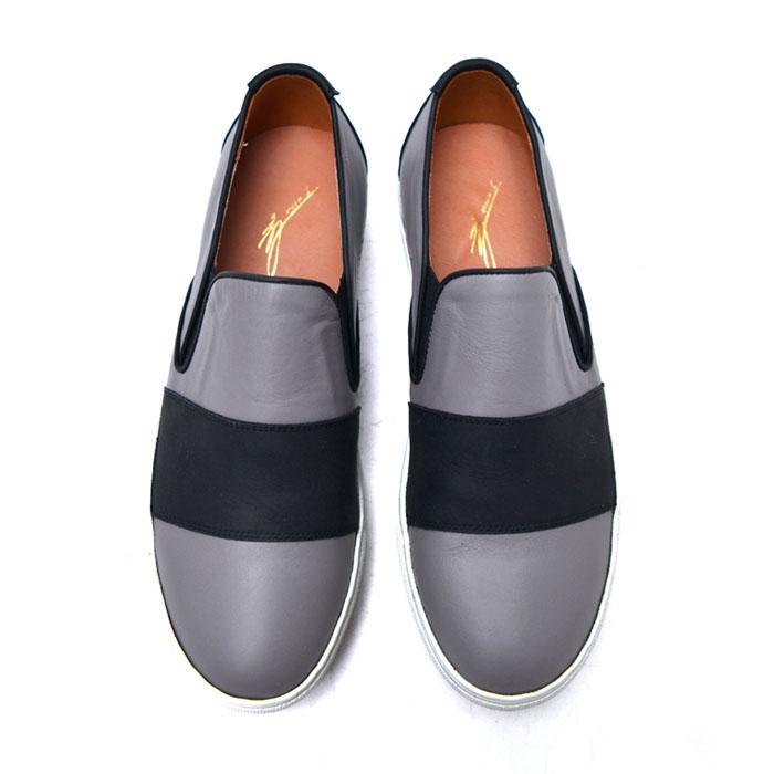 Bold Black Stripe Contrast Slipon-Shoes 535