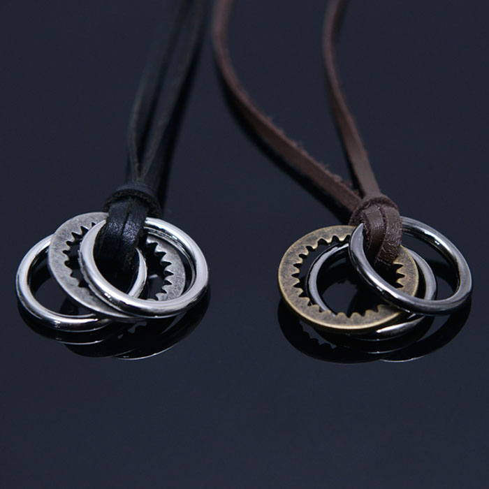 Triple Circle Pendant Leather-Necklace 348