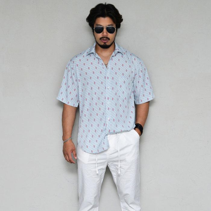 Loose Fit Retro Silket-Shirt 300
