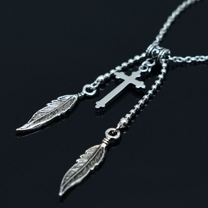 Double Leaf Cross-Necklace 399