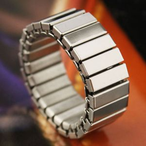 Uber-cool Elasticized Stainless Ring