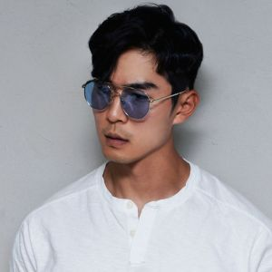 Retro Vibe Tint Aviator-Sunglasses 127