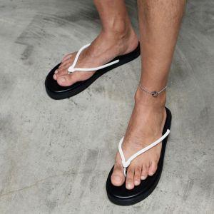 Soft Kipskin Thongs-Shoes 825