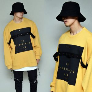 Street Strap Print Overfit-Tee 348